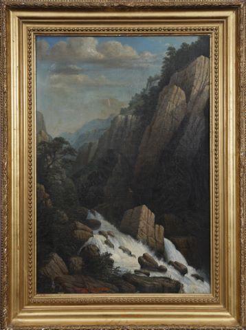 Personnages en haut d'une falaise