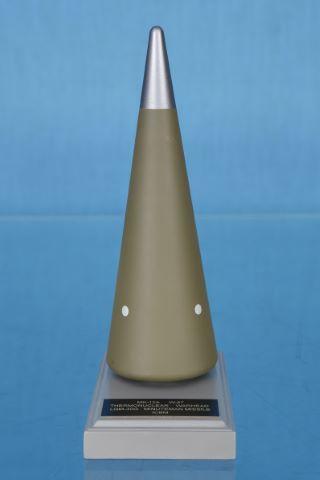 Maquette d'ogive thermonucléaire de missile américain Minuteman (ICBM LGM-30G) développé entre 1958 et 1962