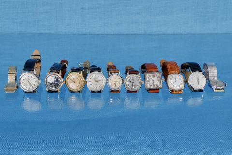 11 montres bracelet d'homme