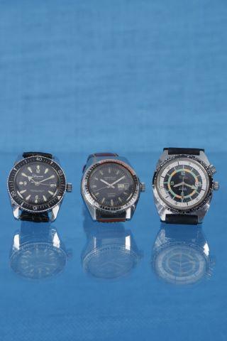 3 montres bracelet de plongée
