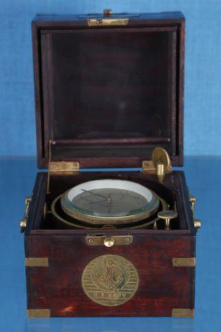 Chronomètre de marine siglé US Navy