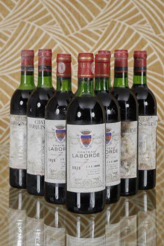 Ensemble de 9 bouteilles