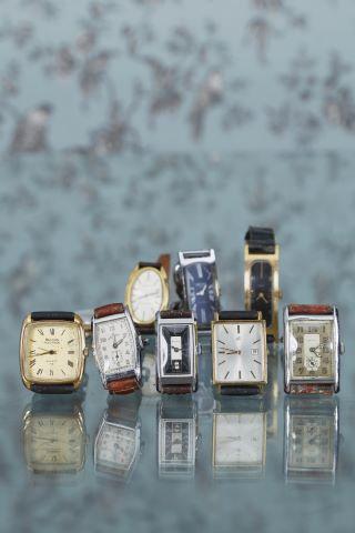 Lot de 9 montres