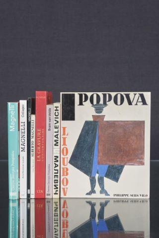 8 livres d'art