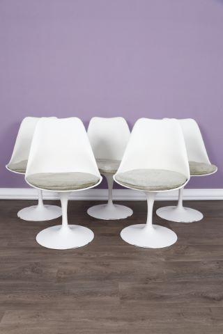 5 chaises Tulip
