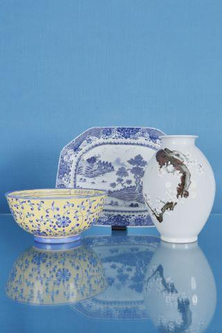 3 objets en porcelaine