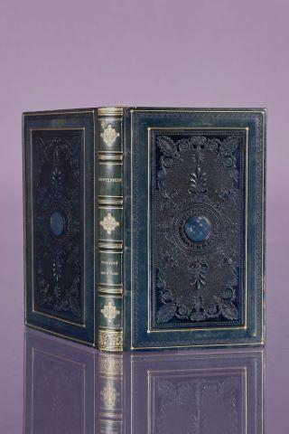 Entretiens sur la pluralité des mondes ; précédés de l'Astronomie des Dames par J. de Lalande.