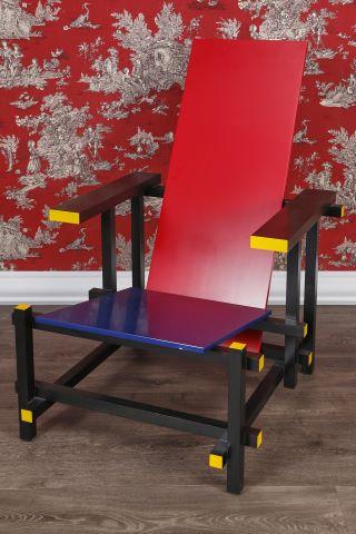 Red Blue Chair - chaise constructiviste De Stijl