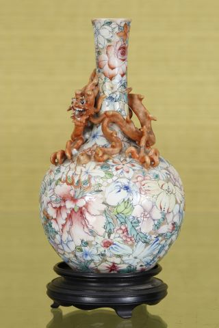 Vase millefleurs au dragon