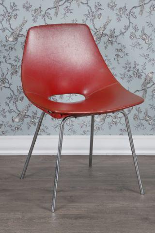 Chaise modèle Tonneau