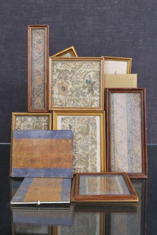 Ensemble de fragments de textiles anciens
