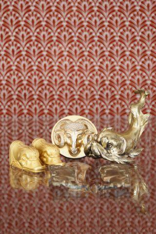 Ensemble de 8 objets en bronze doré