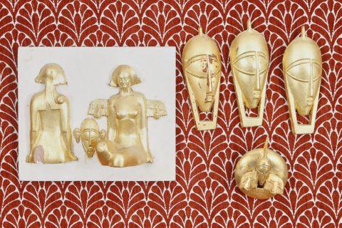 Ensemble de 9 bas-reliefs