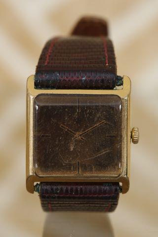 2 montres bracelet d'homme