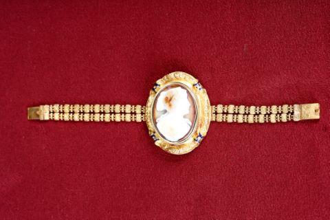 Bracelet médaillon à tranformations