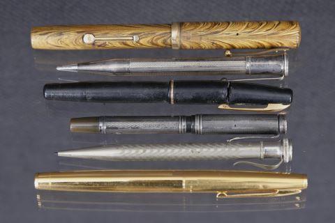 Ensemble de 6 stylos