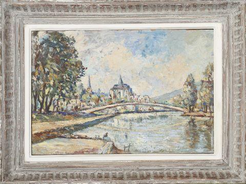 Vue d'église en bord de fleuve