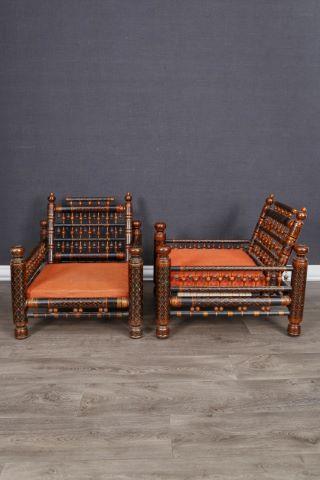 Paire de fauteuils bas