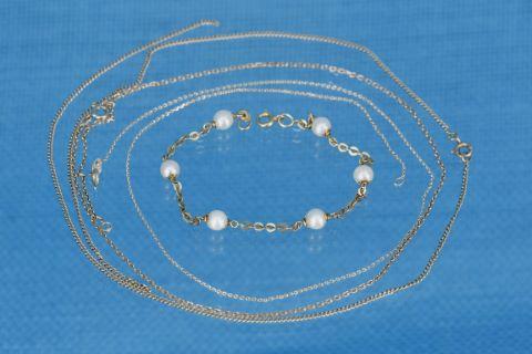 3 chaînes + 1 bracelet