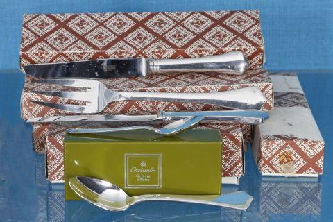 Partie de ménagère en métal argenté, modèle Brantôme, comprenant :