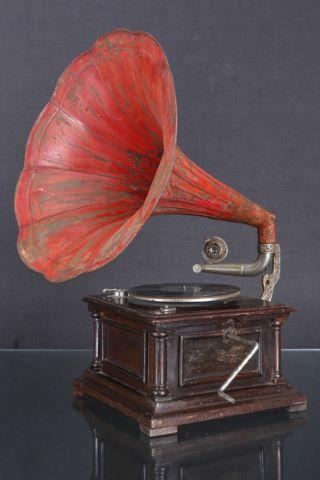 Gramophone à piston
