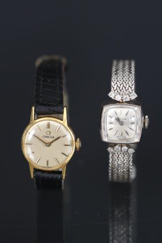 2 montres de dame