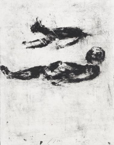 Homme allongé et chien