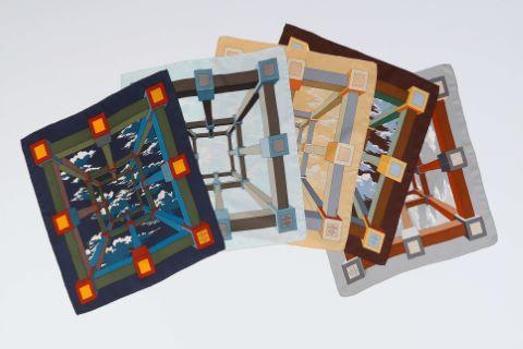 Suite de 5 foulards ou pochettes gavroche, modèle Perspective