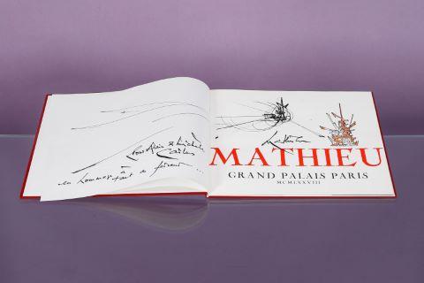 """Catalogue de l'exposition """"Mathieu"""" au Grand Palais à Paris"""