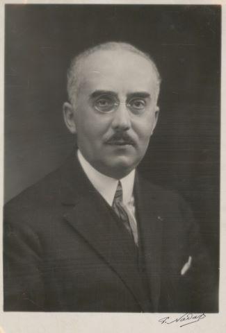 Portrait de Edouard Belin et 1 LAS, 3 cartes et 1 lettre dactylographiée signée