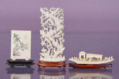 3 objets en ivoire