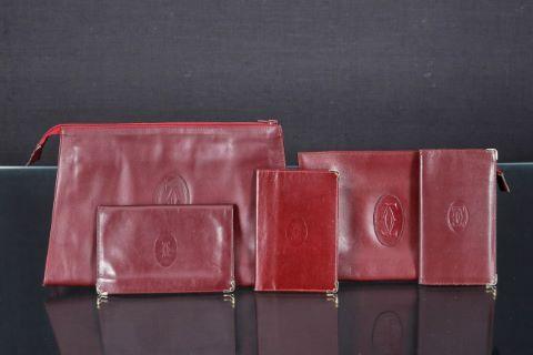 2 pochettes + 3 portefeuilles