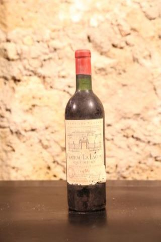 12 bouteilles 1966