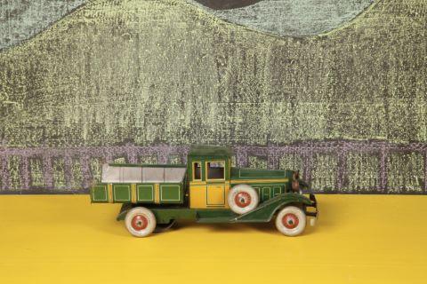 Camion benne basculante 101