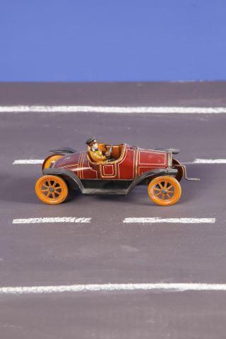 Petite voiture de course