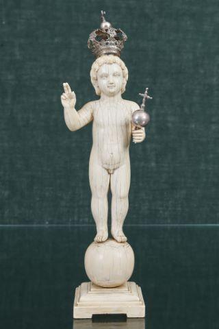 Enfant Jésus Salvator Mundi