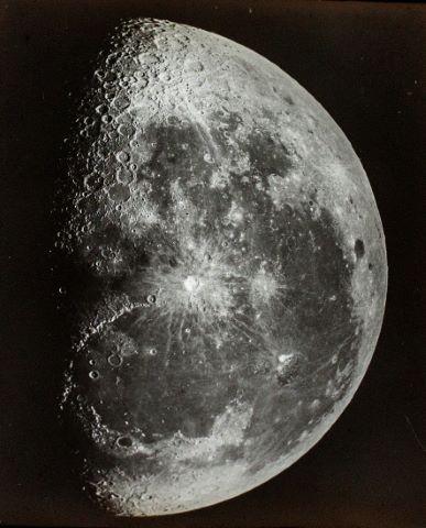 Deux vues de la Lune par le grand équinoxial de l'Observatoire de Paris