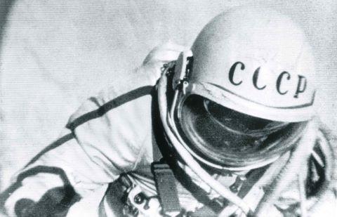 Alexis Leonov lors de la première sortie dans l'espace