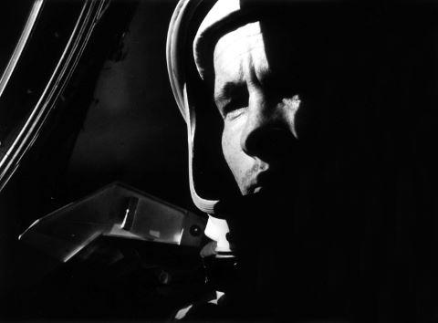 Premier portrait d'un astronaute en orbite