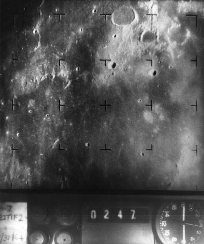 Diverses vues de la surface lunaire par les sondes Ranger
