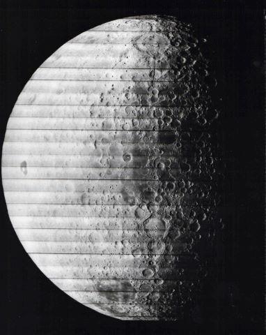 Deux vues sur la face cachée de la Lune