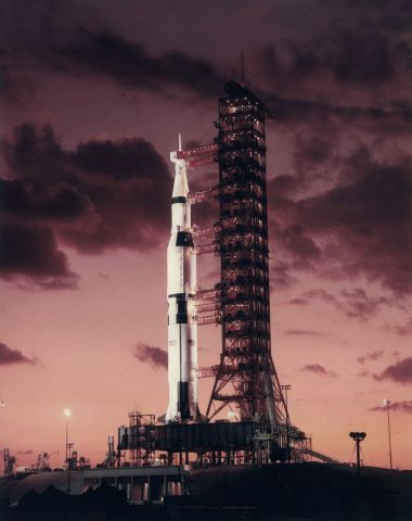 La Première fusée Saturn V sur le pad 39A
