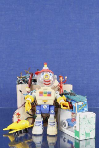 Important ensemble de jouets