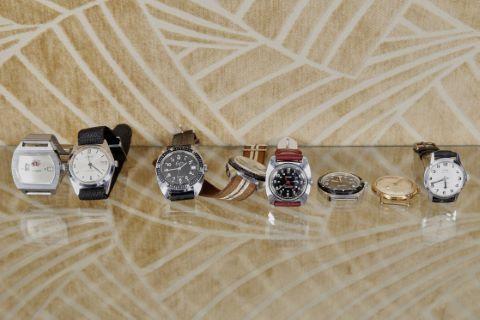 8 montres bracelet