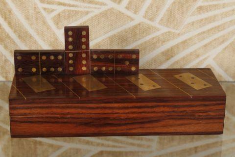 Coffret de dominos