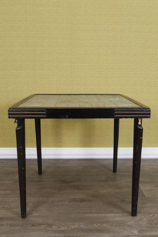 Table à jeux à 4 pieds escamotables