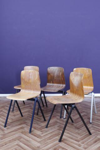 """Suite de 5 chaises modèle """"Pagholz"""""""