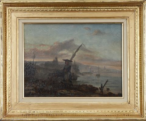 Femme au panier en bord de mer