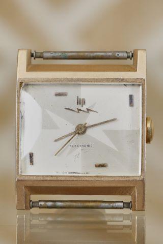 Boîtier de montre bracelet rectangulaire, modèle Electronic