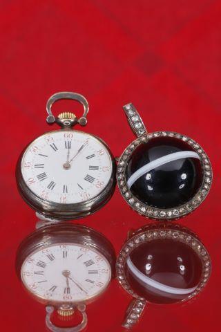 Broche et montre de col